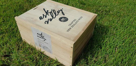 Esk Valley Crafted New Zealand 2011 Traditional Wooden Wine Box Crate Storage Unit 6 Bottle Size With Lid Wooden Wine Boxes Wine Box Storage Unit