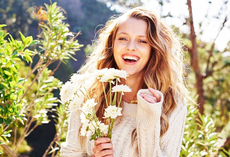 We take 5 with Teresa Palmer.