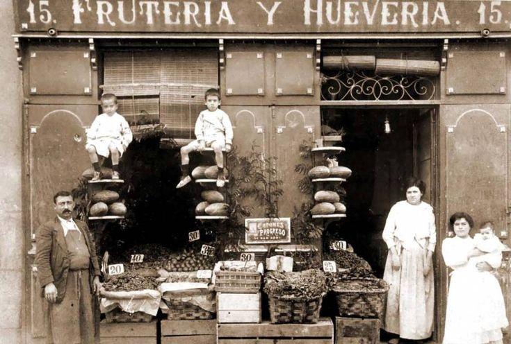 Comercio, Frutería y Huevería, #Madrid (1 de enero de 1900) Fruits and Eggs. 1900