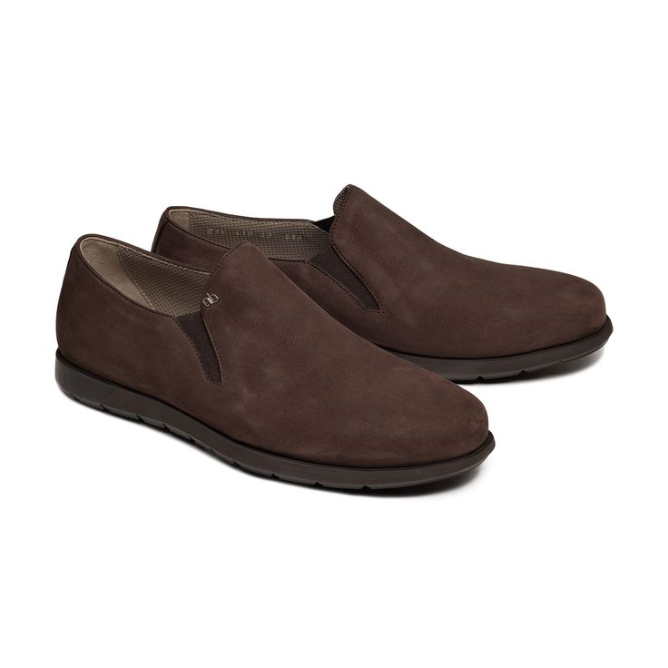 Bespoke slip on #specialedition2015 by Aldo Bruè. Casual and confort brown suede with brown sole.