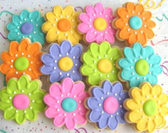 FLOWER Cookies - Flower Cookie Favors - Decorated Flower Cookies - 1 DOZEN