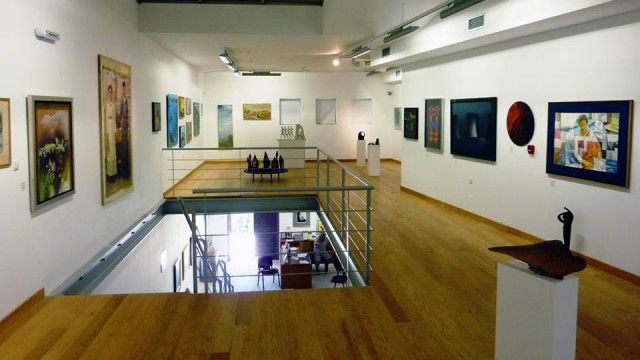 The Art Gallery of Viannos: A modern Gallery in the most unexpected place.  ♥ Crete as we live it!