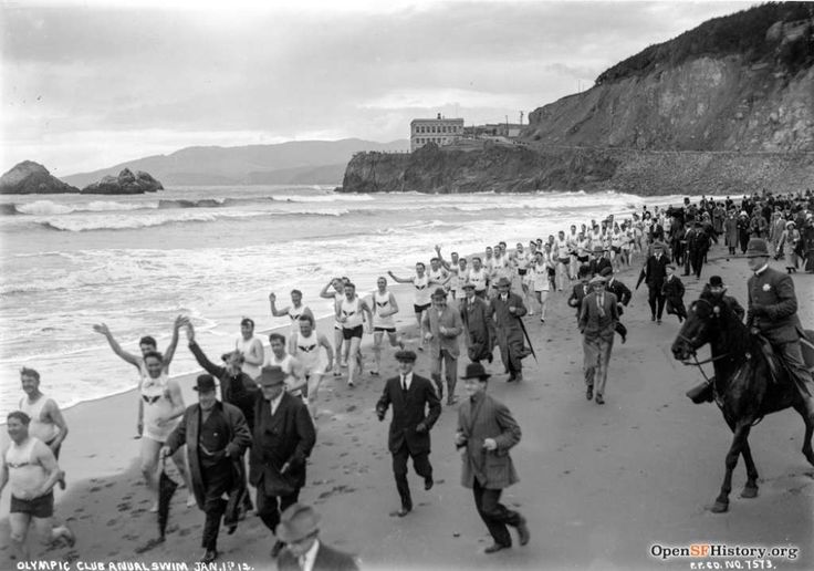 Ocean Beach Jan 1, 1912, Olympic Club New Years Swim, looking northwest, Cliff House in background. Courtesy of OpenSFHistory.org.      Photo: Courtesy Of OpenSFHistory.org