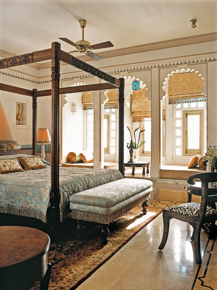 Taj Lake Palace, Udaipur, India. Luxury Hotel Review by