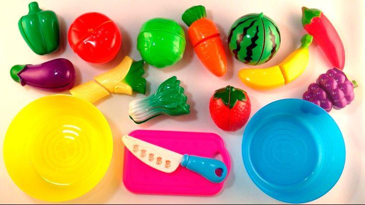 Учим и режем овощи и фрукты на липучках. Обучающее видео для детей.  На ...