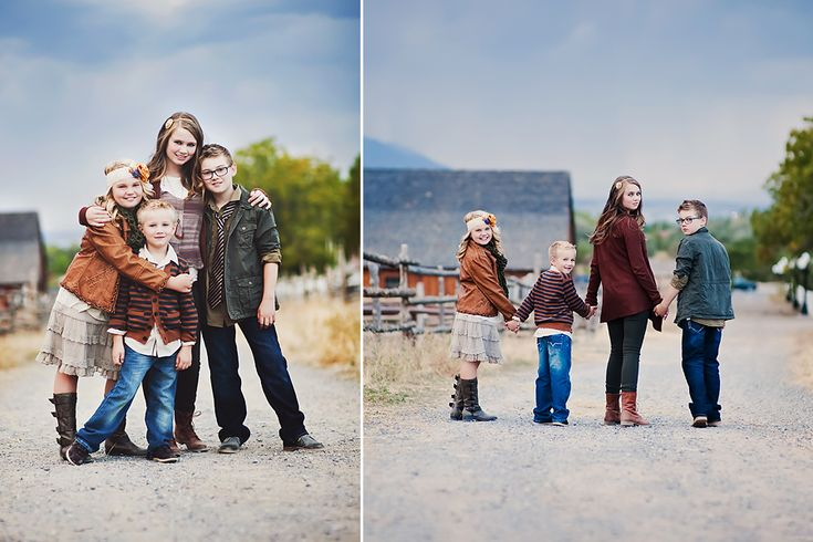 ©Simplicity Photography. Love this fall look on a the 4 kids. Click on over to see the rest of the session including the parents. They all look great in this layered look and elevates the more simple location!