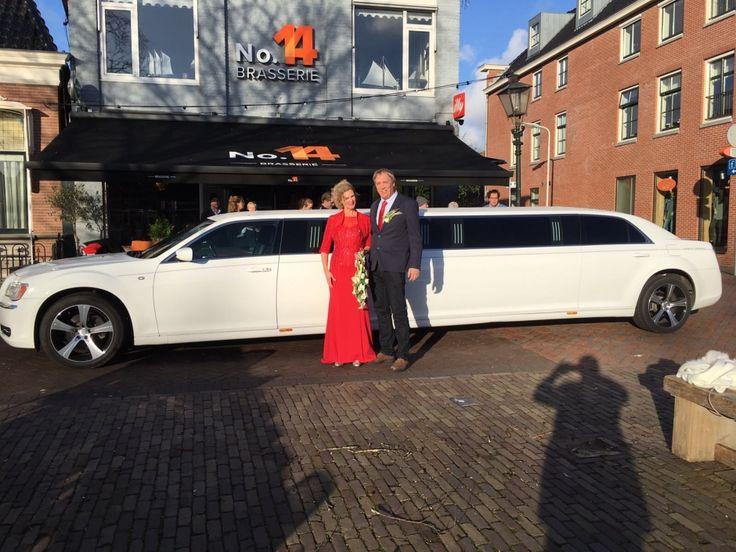 #Chryslerlimo #Trouwvervoer #Huwelijk #Limousine | Limousine huren Friesland