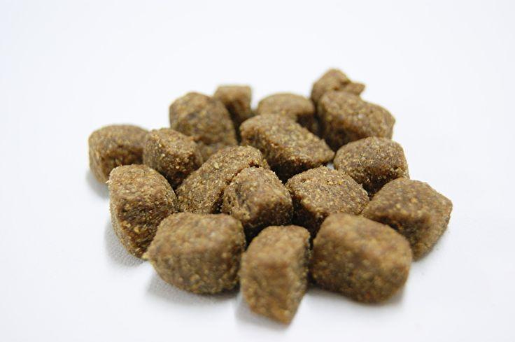 Lekkertjes zijn zachte snacks op basis van eend en rijst#Door het gebruik van veel eend is dit voor de hond een heerlijk geurende snack die heel goed te gebruiken is met trainen en licht verteerbaar is