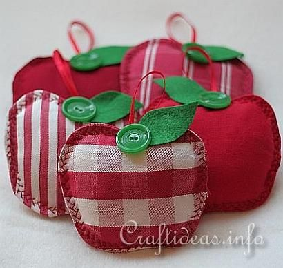 Autumn Sewing Craft Project - Fabric Apples. Imagine if you put a little cinnamon in one: