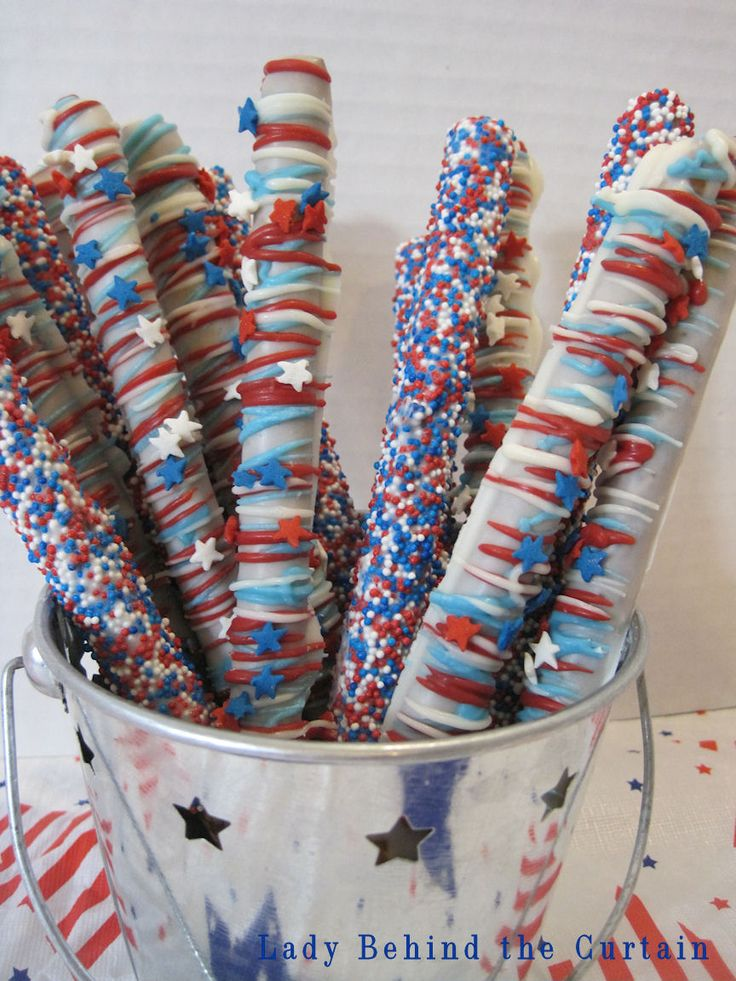 celebration pretzel sticks...these would make a good centerpiece and snack for a 4th of July party