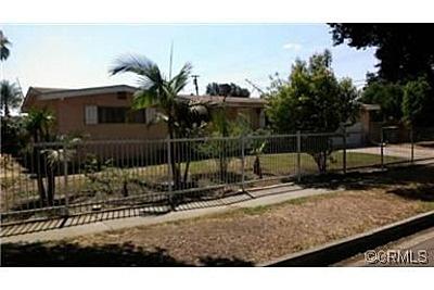 1703 Oak St, Santa Ana, CA 92707 - Need to go see