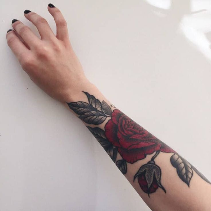 Shared by Lulu. Find images and videos about girl, red and rose on We Heart It -…