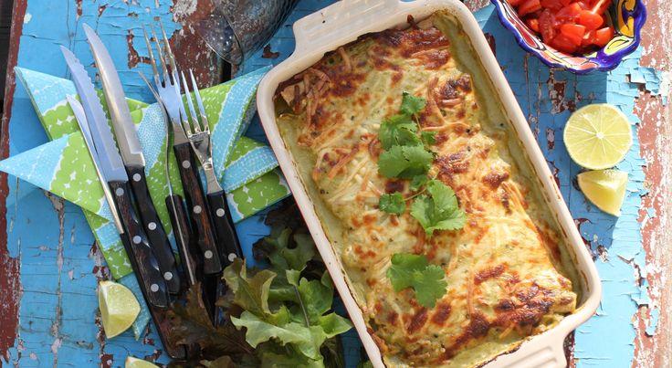 Enchiladas z kurczakiem i salsą verde
