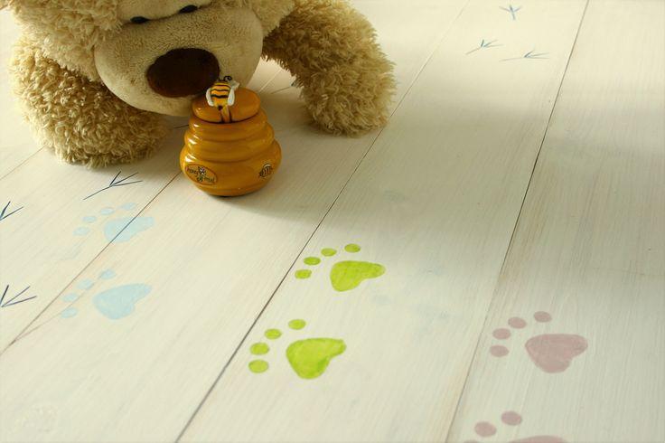 Díszítő festéssel készült hajópadló - decorative painting - woodfloor