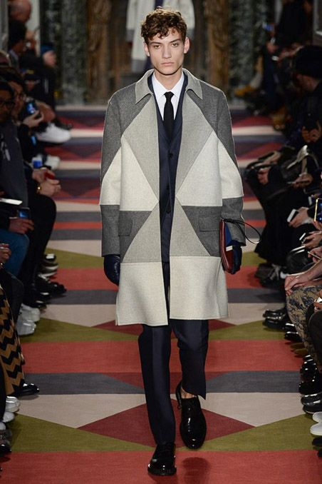 woof, hot grey colour-blocking >> Valentino Fall 2015 Menswear - Collection - Gallery - Style.com