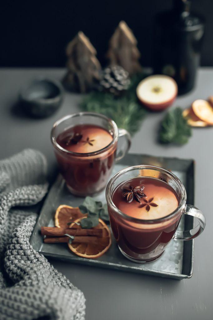Mulled Apple & Pomegranate Juice | Jet & Indigo