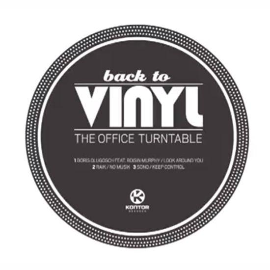 """A alemã Kontor Records desenvolveu a campanha que chamam de """"Back to Vinyl: the office turntable"""", que transforma um envelope num tocador de vinil!"""