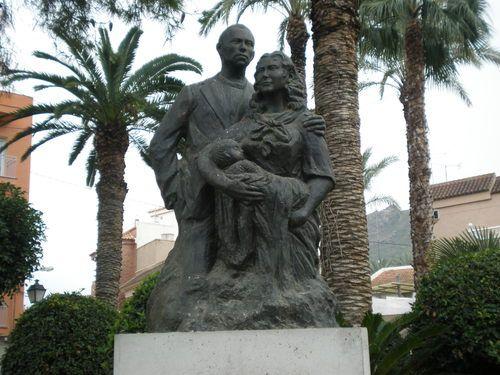 Escultura exenta grupal