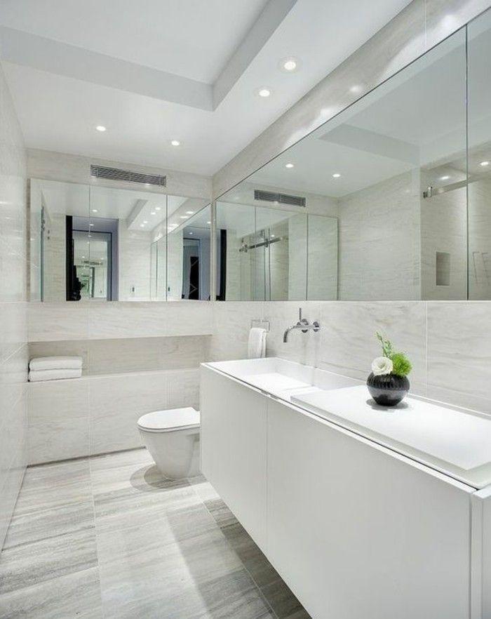 badgestaltung ideen schone bader badezimmer in weis gestalten viele spiegel