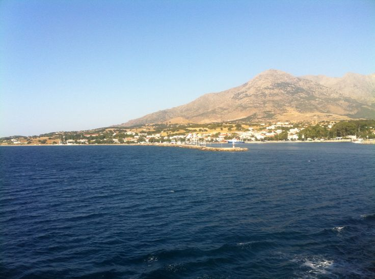 Approaching Kamariotissa port.