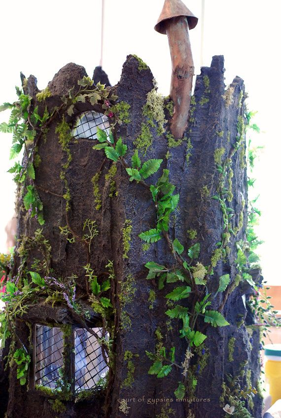Fantasy Fairy Tree Stump Doll House Cottage Dollhouse for Critters Tiny BJD 1:12 Scale