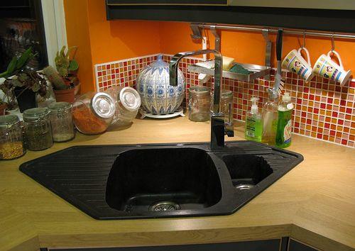 Aprovechar espacio en la cocina fregaderos en esquina sinks - Fregaderos de esquina ...