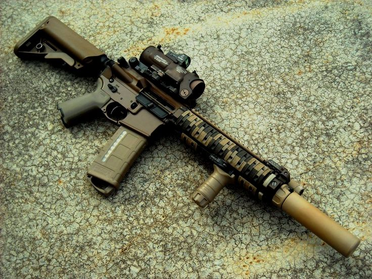 Daniel Defense M4 #gunshot #9mmpistol #rangeday #gunsfordays #sniperrifle #operator #gunshots #vagunshow #firearms #shotgunstarts