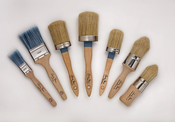 Brushing up on Annie Sloan's latest brushes for chalk paint and wax applications.