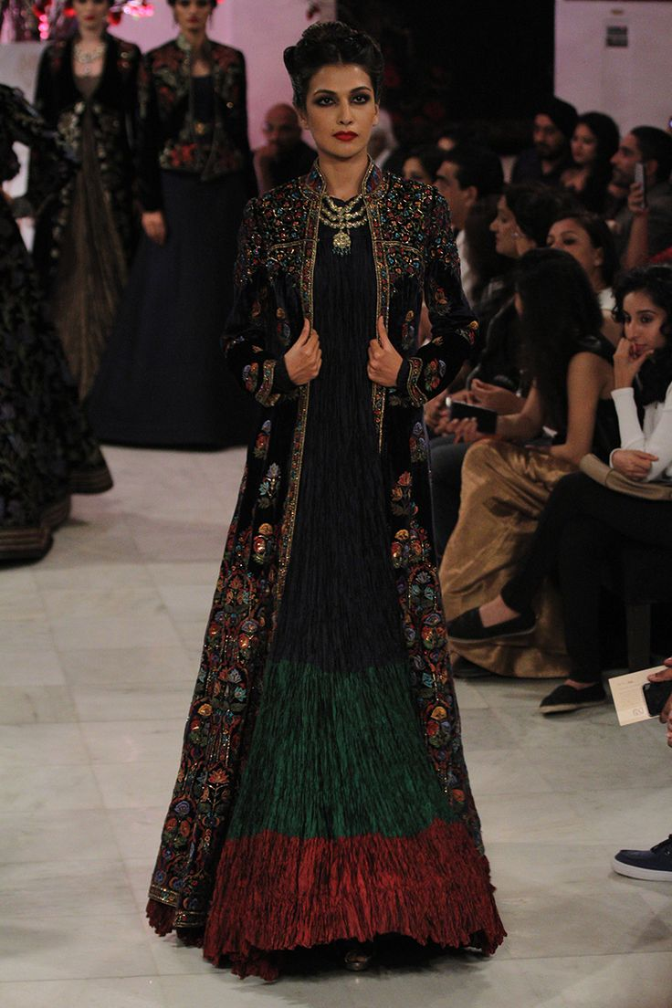 Rohit Bal   India Couture Week 2016 #PM #indiancouture #rohitbalICW2016