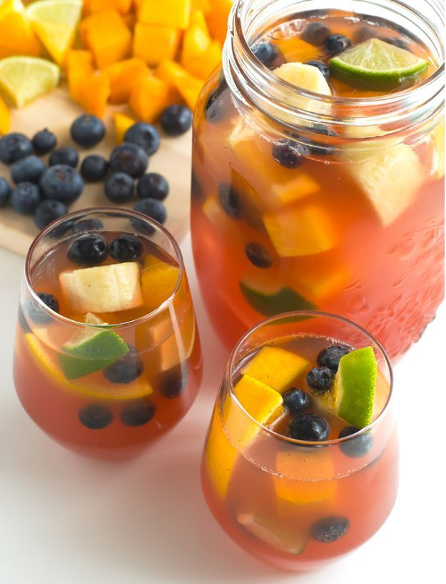 Non Alcoholic Sangria   15 Non-Alcoholic Holiday Drink Recipes For All   The Perfect Drinks for Thanksgiving,Christmas Part and for Pregnant Women.