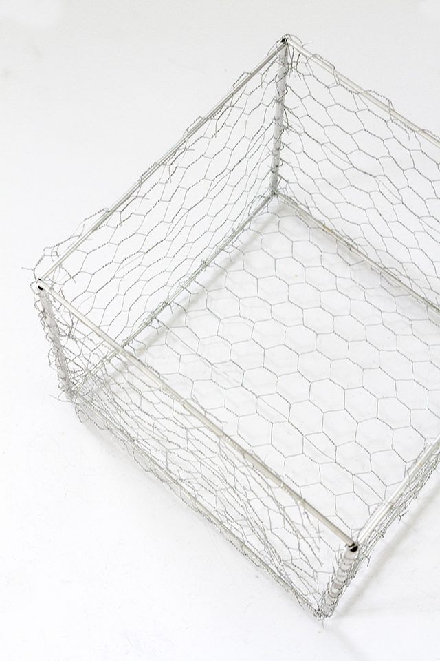 This tutorial shows you the process of combining aluminum tubing and chicken wire to create your own industrial storage box.