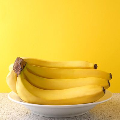 Banana  Bananas make a great snack, and at pH 5.6, they're usually great for people with acid reflux.    However, about 1% of acid refluxers find that their condition is worsened by bananas.     So keep in mind that what works for most people may not work for you.