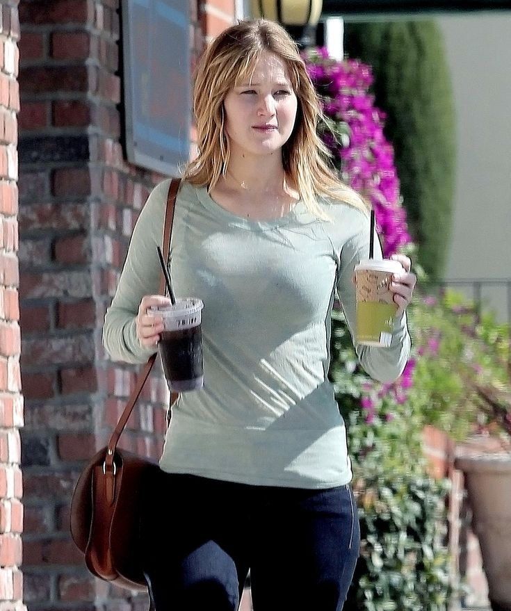 Best 25+ Jennifer lawrence without makeup ideas on Pinterest ...