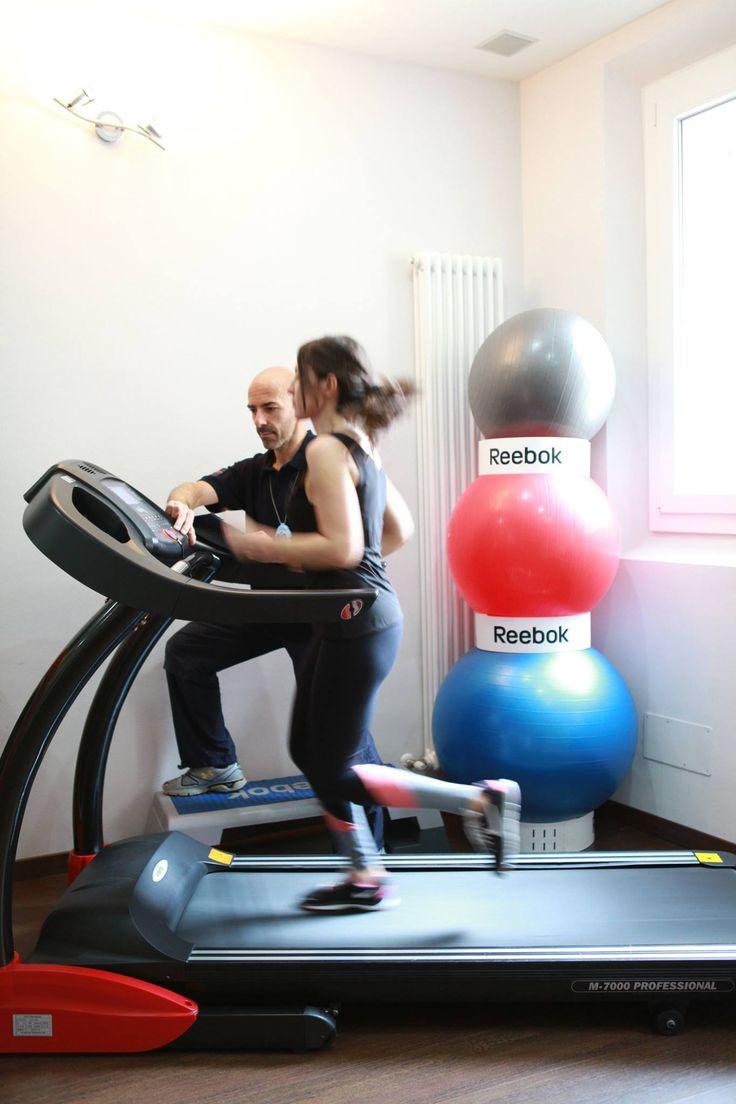 #Allenamento per #dimagrimento e per scendere di peso e di #grasso corporeo in maniera controllata senza perdere #muscoli e massa muscolare  http://stefanomosca.it/servizi/dimagrimento-e-tonificazione/  #PersonalTrainer #Bologna #fitness #cellulite #ritenzioneidrica