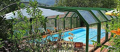 Covered swimming pool with salt water, open March to October