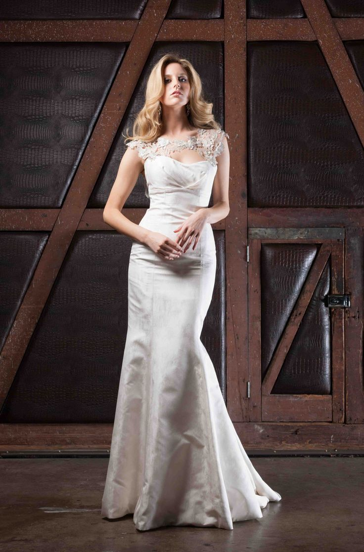 jasongrechwhite.com facebook.com/jasongrechwhite Aspire Gown