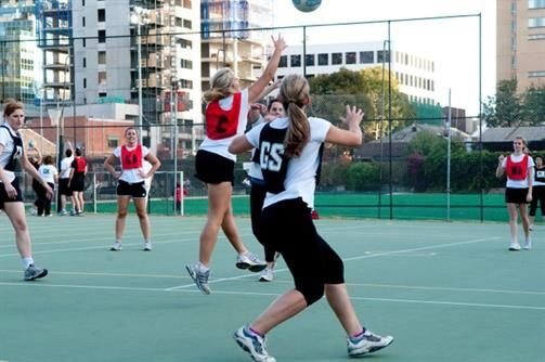 Enjoy better netball games by joining in clubs. These clubs can also help you find wonderful teams to play with.