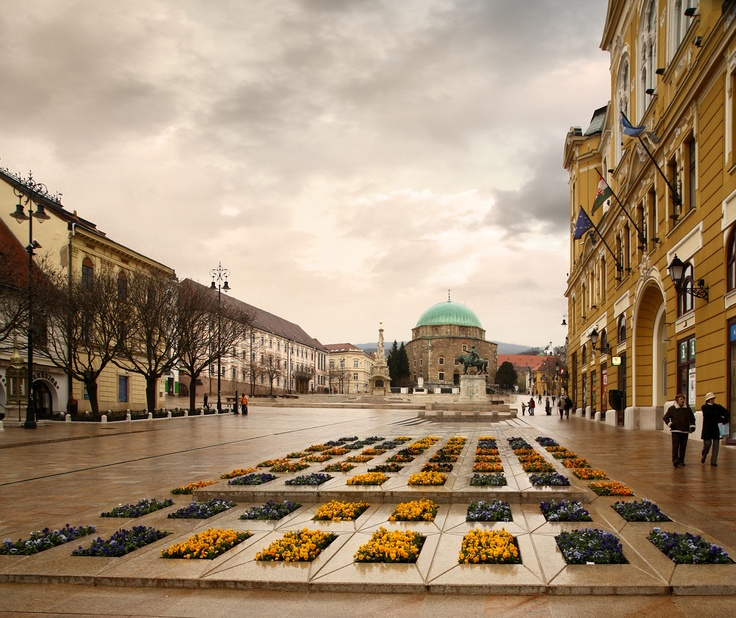 Town Square | Pecs, Hungary #WantTo Go
