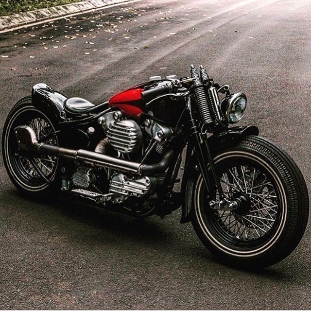 ⚡️⛽️🏆⛽️⚡️ #Repost @bobberporn #hd #brotherhood #ride #rider #softail #bobbers #rothod #moto #motocicletas #electraglide #choppers #chopperbike #harleys #harleydavidson #motorcycle #sportsters #sportster #bobber #summer #chopper #moto #rideordie #panhead