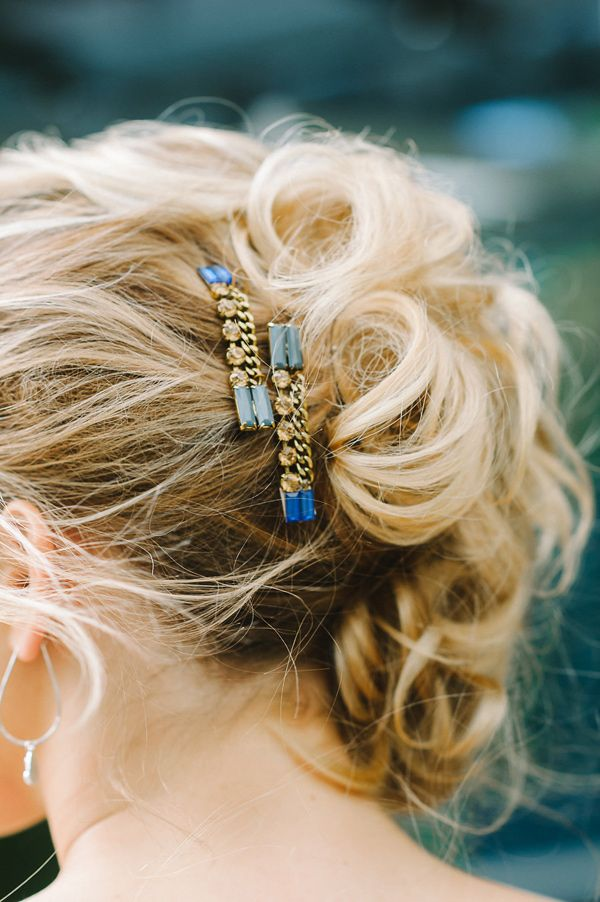 bridal hair accessories - photo by Julie Livingston Photography http://ruffledblog.com/dreamy-stargazing-wedding-inspiration