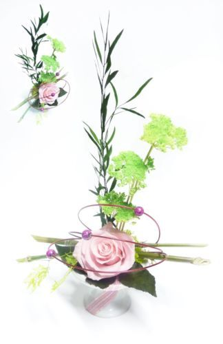 elegante-rose-eternelle-preservee-stabilisee-ceramique-bambou-feuillage-ruban