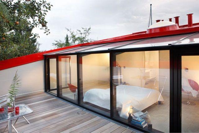 La casa roja arquiman a maison terrasse tropezienne y for Casa minimalista roja