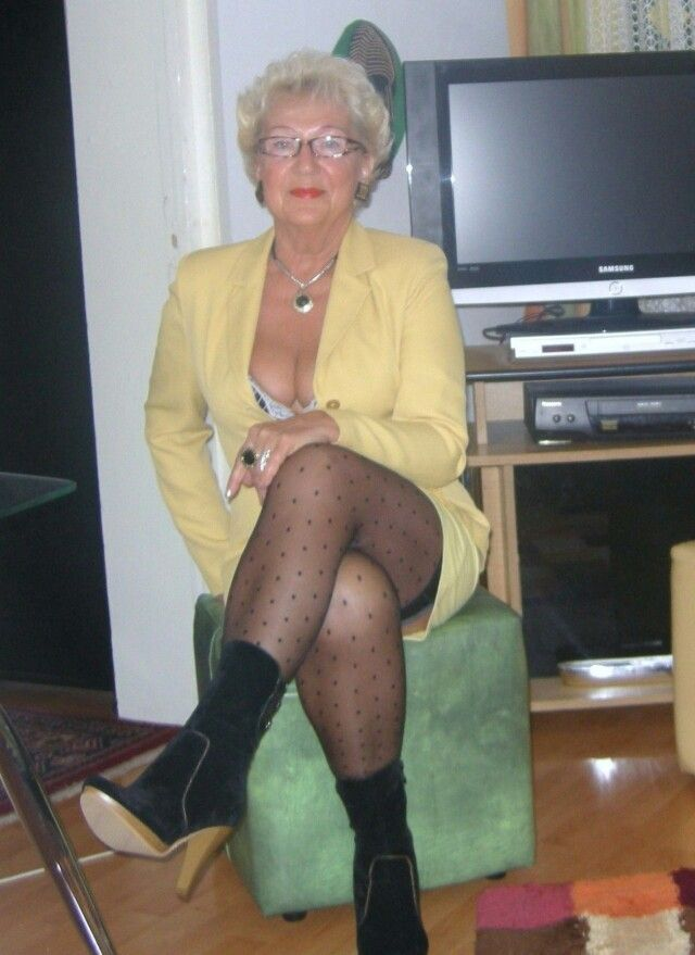 mature-boots-lust-slut-sex
