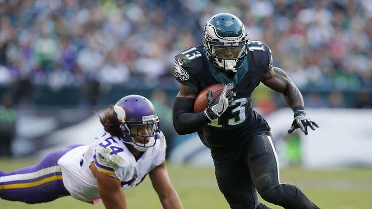Josh Huff #13 of the Philadelphia Eagles gets by Eric Kendricks #54 of the Minnesota Vikings after making a catch for a first down during the fourth quarter of a game at Lincoln Financial Field on October 23, 2016 in Philadelphia, Pennsylvania. The eagles defeated the Vikings 21-10. (Photo by Rich Schultz/Getty Images)