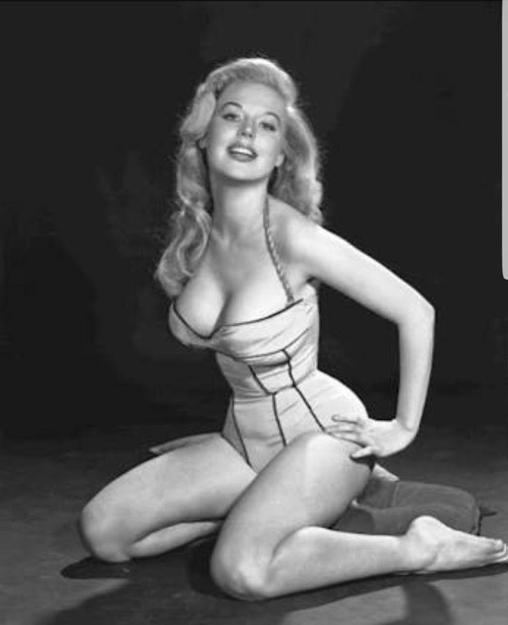 Betty Brosmer Weidner 1950s http://ift.tt/2hv8yBp