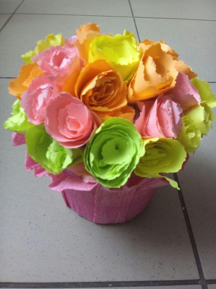 Róże z papieru