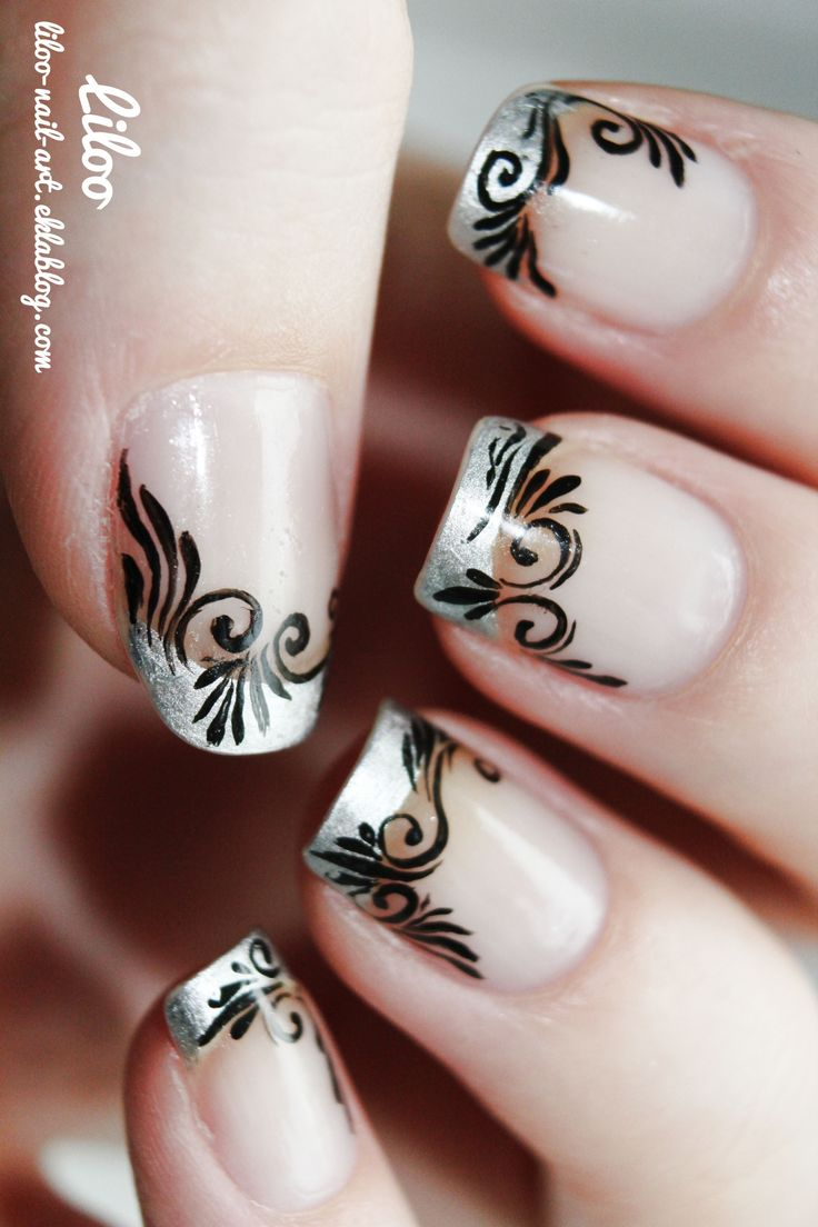 Not in black, but another color.  --  Liloo | Blog de Nail art