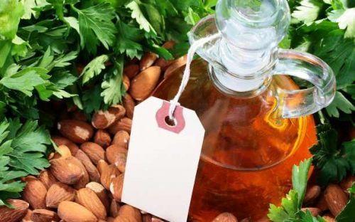 Τα αμύγδαλα βοηθούν την καρδιά και καταπολεμούν το λίπος στην κοιλιά