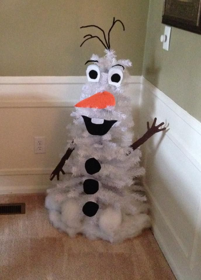 Olaf tree A white Christmas tree at Dollar General for $12. The rest of it is made from felt and pipe cleaners for the hair. I attached the felt to cardboard so it would stay up and hot glued it to the branches! Easy and simple diy tree for the kids! | Repinned by ItzyRitzy
