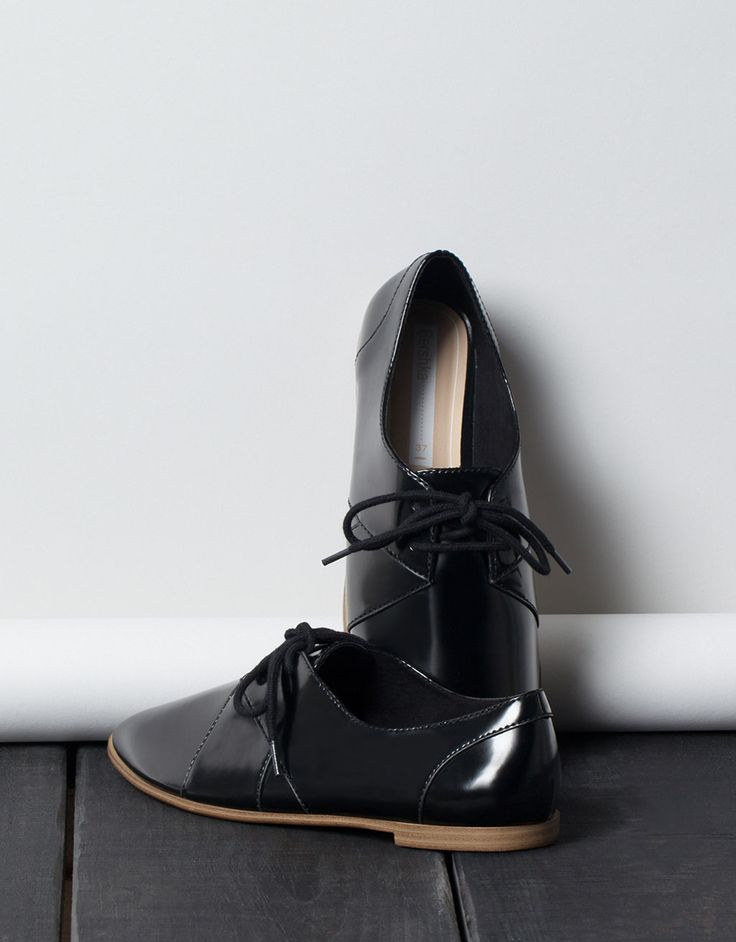 BSK soft derby shoes - Shoes - Bershka Indonesia